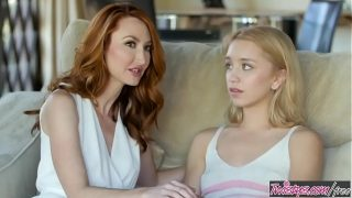 Ginger milf (Kendra James) shows cute blonde (Aurora Belle) a thing or too – Twistys